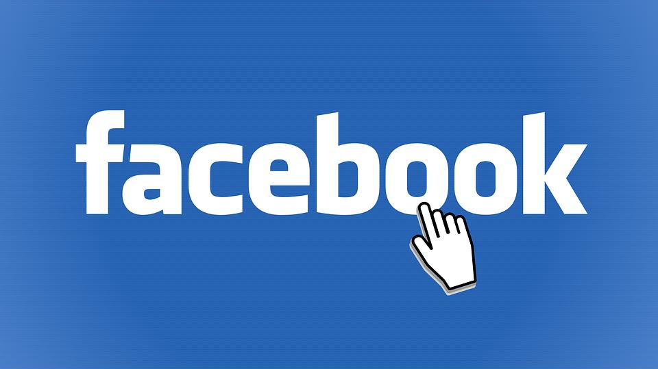 Scrivere su Facebook per vendere