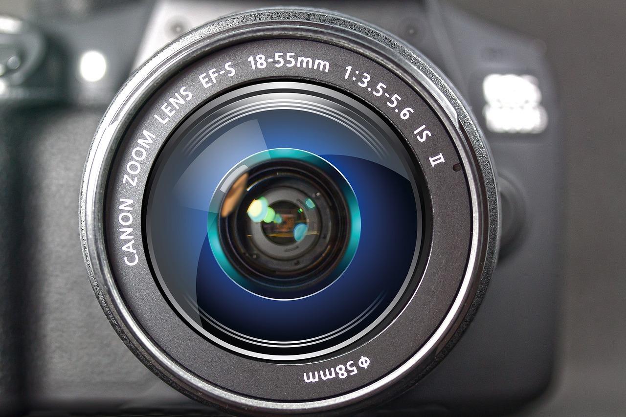 Come scegliere una macchina fotografica: che cosa non può mancare