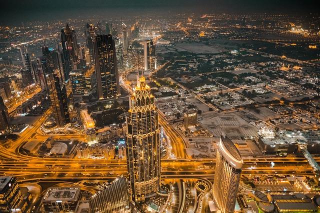 Come fare per investire e aprire una società a Dubai: cosa sono le free zone