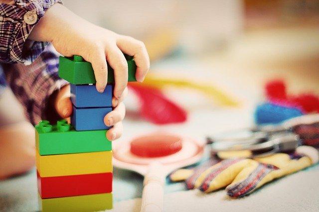 Comprare giocattoli online, vantaggi e svantaggi qual è la scelta migliore