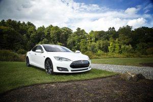 Perché acquistare azioni Tesla